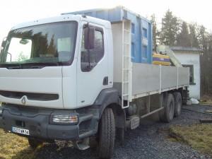 Approvisionnement de chantier par camion bras